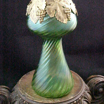 Kralik Green Iridescent Art Nouveau Glass Vase w Grape Leaf Collar
