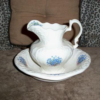 Folk Ceramic - China and Dinnerware