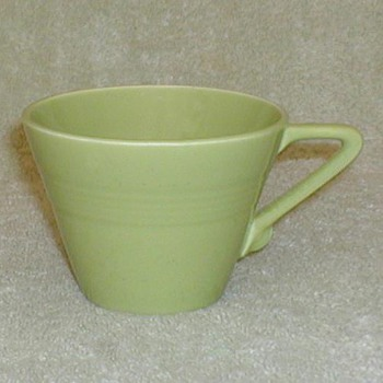 Harlequin Tea Cup - Chartreuse