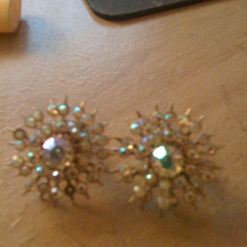 vintage earings,costume - Costume Jewelry