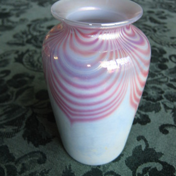 Pulled Feather art glass vase  - Art Glass