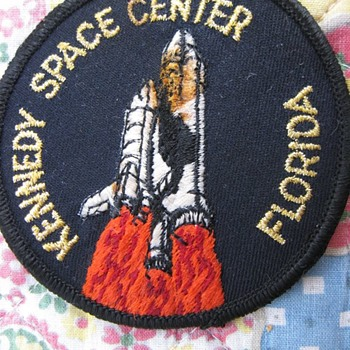 Kennedy Space Center Shuttle Patch... - Medals Pins and Badges