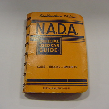 N.A.D.A Official Used Car Guide January 1971 - Paper