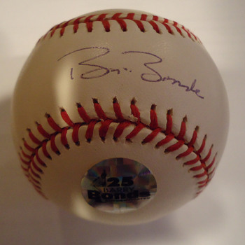 BEAUTIFUL SIGNED BALLS - Baseball
