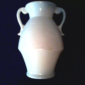 Red Wing Art Pottery Handled Vase / #287 Ivory Matte Glaze /Circa 1930's