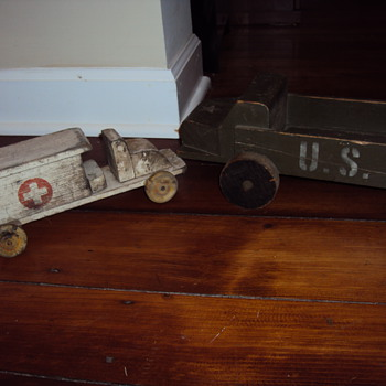 Wood Military toys - Toys