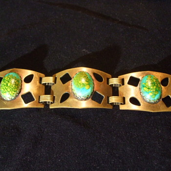 What Style would you call this Bracelet- Is it a Czech piece? - Costume Jewelry