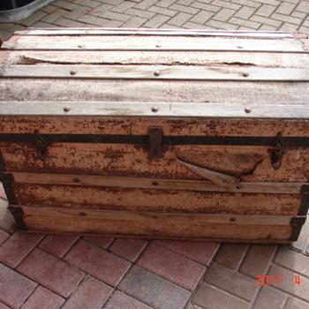 Saved steamer trunk