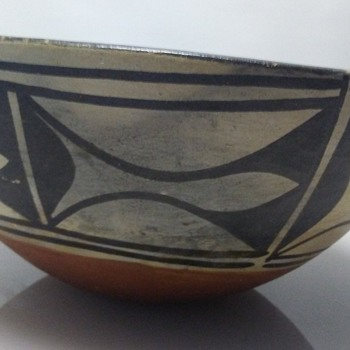Historic 19th C Santo Domingo Pueblo Native American Indian Pottery Bowl Dough