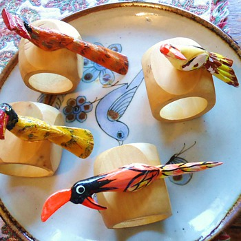 SILLY WOOD BIRDS Napkin Rings! and Palomar Mexico Ceramics!