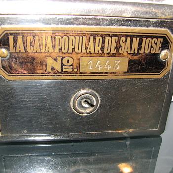 """La Caja Popular De San Jose""""URUGUAY""""Early 1900 - Coin Operated"""