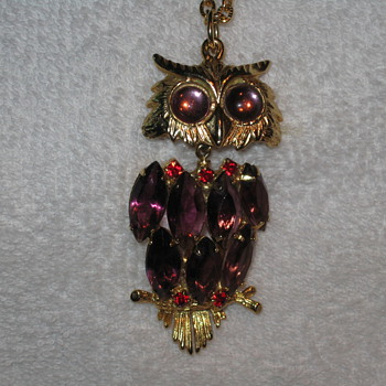 Unmarked Owl - Costume Jewelry