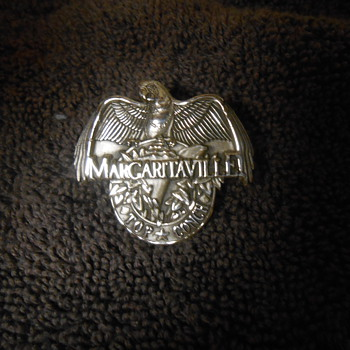 Sterling Silver Margaritaville Top Conch Parrot pin