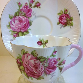 Shelley China Cup & Saucer - Dainty Shape Pattern 2424 Pink Moss Rose   - China and Dinnerware
