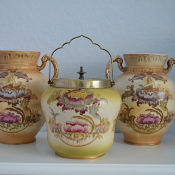 Crown Devon Fieldings vases and biscuit barrel