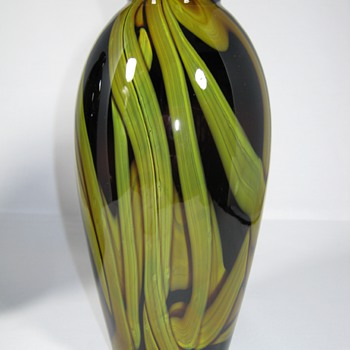 "ART DECO ERA CZECHOSLOVAKIA GLASS VASE BY KRALIK GREEN ""MARBLED"" DECOR - Art Glass"