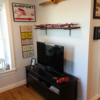 Home Office With Aviation Collectibles