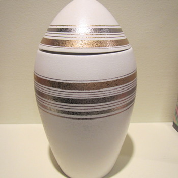 more egg love - Art Pottery