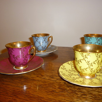 Antique? czechoslovakia tea cups - China and Dinnerware