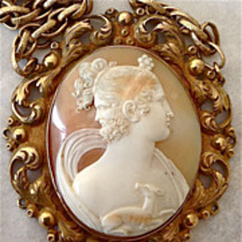 Another rare and fine cameo of Gryllus- 2 faced - Victorian Era