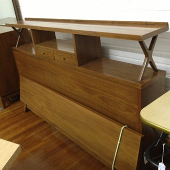 Merton Gershun Bedroom Furniture - Mid-Century Modern
