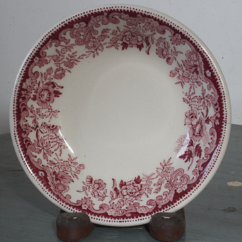 Vintage Pottery Pieces... - China and Dinnerware