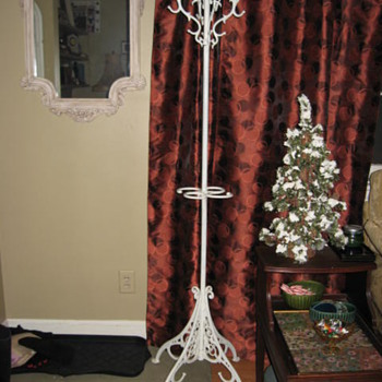 Cast iron coat rack - Furniture