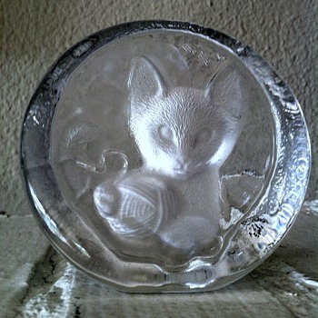 Crystal Kitty w/Yarn Crystal Sculpture, Yugoslavia - Art Glass