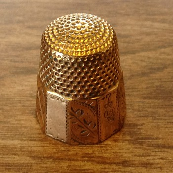 10K Gold Thimble  - Sewing