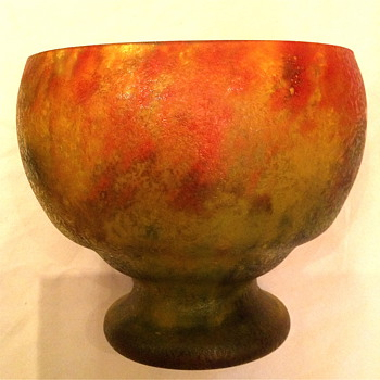 Czech :  Chipped Ice / Glue Chip Red and Green Open Mouth Oval Vase