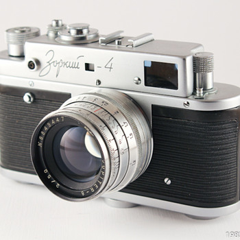 Zorki-4 USSR rangefinder camera, Leica copy, Jupiter-8 f2/50mm lens - Cameras