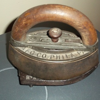 Sad iron from late 1800's