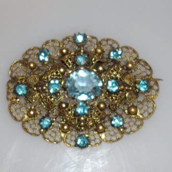 Antique Aquamarine and gold brooch?