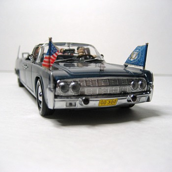 The Kennedy Car SS-100-X Die-cast