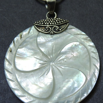 Women&#039;s Necklace - Sterling Silver with a MOP Pendent - Costume Jewelry