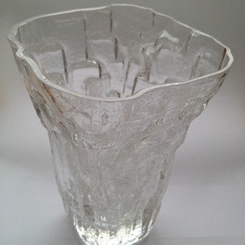 Scandinavian glass vase (Tapio Wirkkala?) - Art Glass