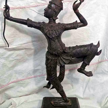 I love this Bronze Sculpture, God Vishnu , Hindu God Rama