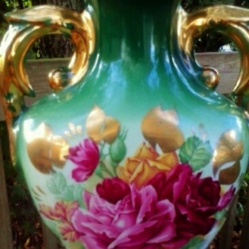Antique green urn shape Lamp roses and gold - Lamps