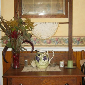 Early 1900 Oak Washstand - mission oak