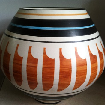 Raymor Pottery