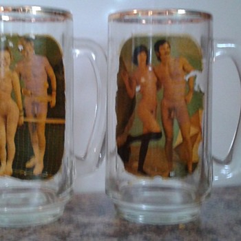 1970s naked couple - Breweriana