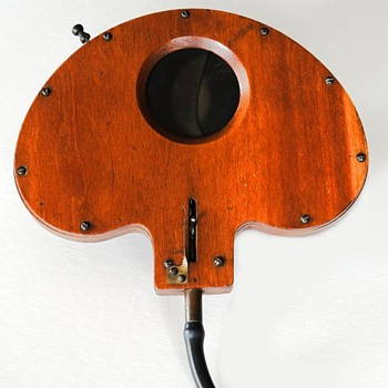 Weller Wing Wooden Shutter, 1890s (the beauty of early camera shutters #4) - Cameras