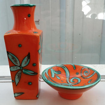Sarah May art pottery Orange Set