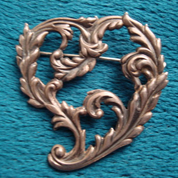 Old Heart Brooch - Costume Jewelry