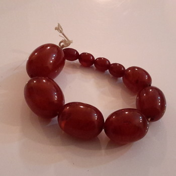 1920s/1940s Bakelite bead bracelet& 1920s necklace - Costume Jewelry