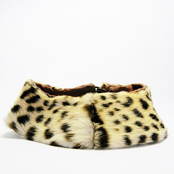 REAL VINTAGE ORIGINAL LEOPARD  COLLAR