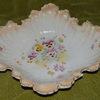 Antique blush ivory bowl with handpainted pansies - Pottery