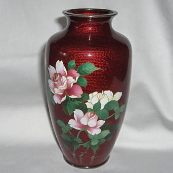 Fine Vintage Japanese Red Cloisonne Enamel Roses Vase