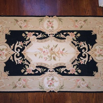 Old Rug found, needing help.