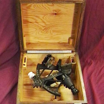 WW II Kriegsmarine Sextant with Case